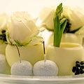 Réalisez de petits pots à fleurs en cire de bougie