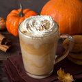Et pourquoi pas un café latte au potiron épicé?