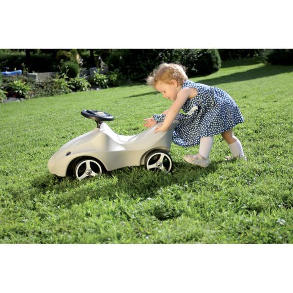 voiture sans p dales en forme de t te d 39 cureuil les enfants au jardin jardinage pratique. Black Bedroom Furniture Sets. Home Design Ideas