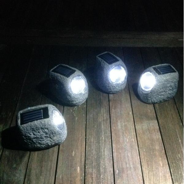 Mit Sonnenenergie Betriebene Gartenbeleuchtung Kaufen 4er Set Deko